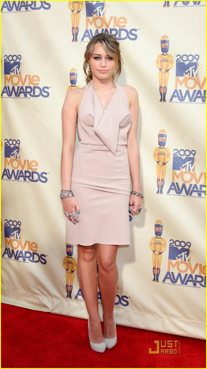 miley cyrus mtv movie awards 11