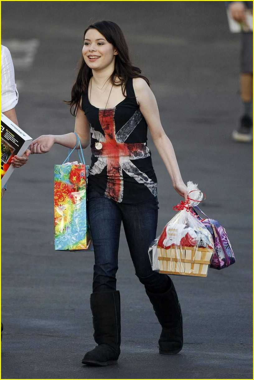 miranda cosgrove big sugar 09