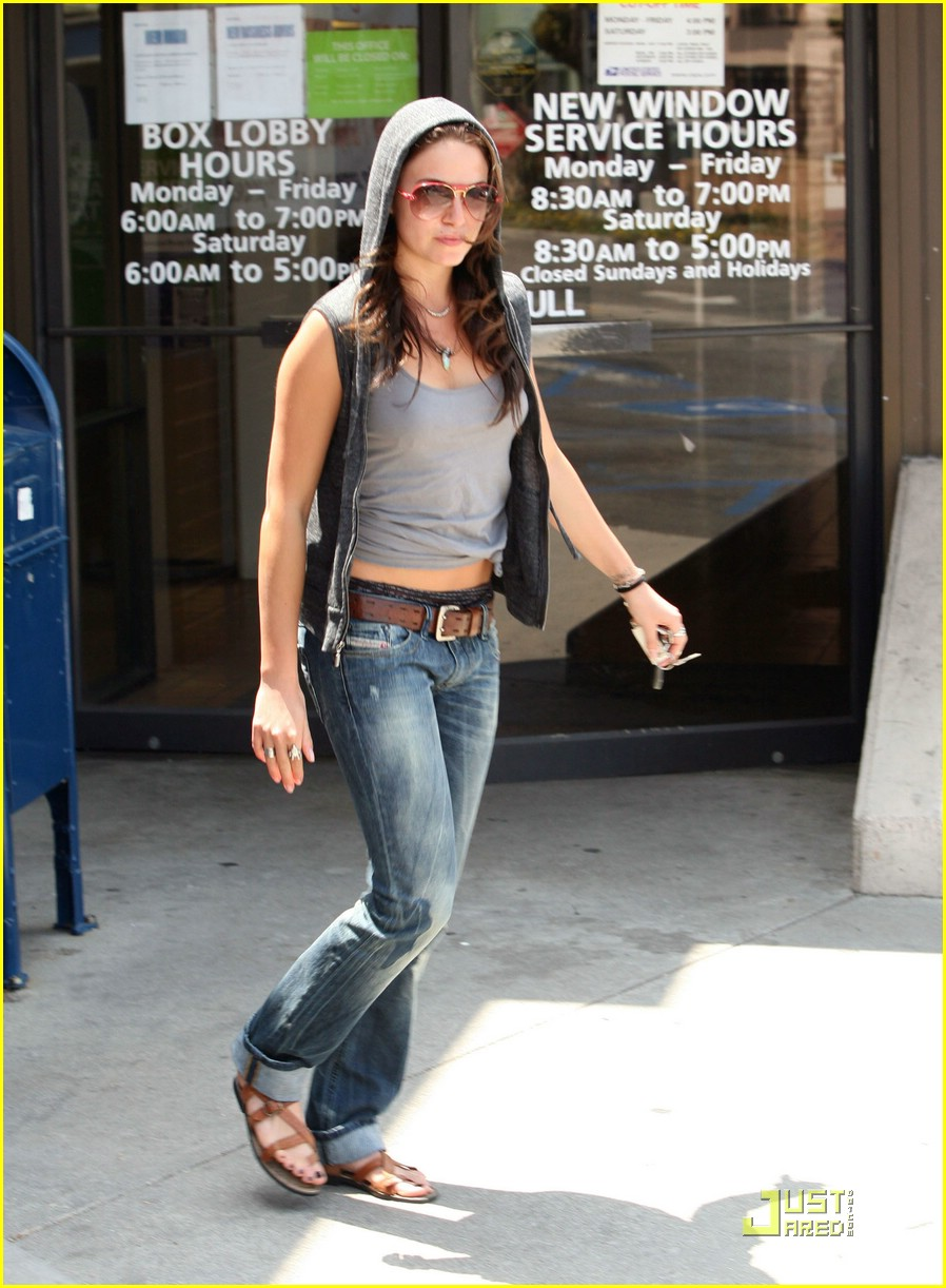 nikki reed post office 01
