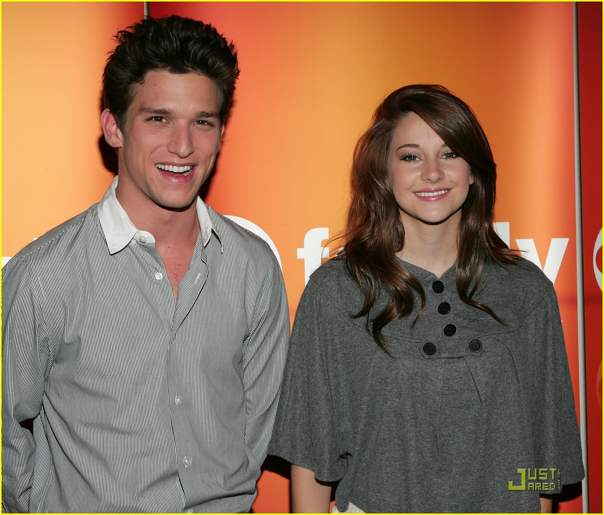 shailene woodley daren kagasoff press 05