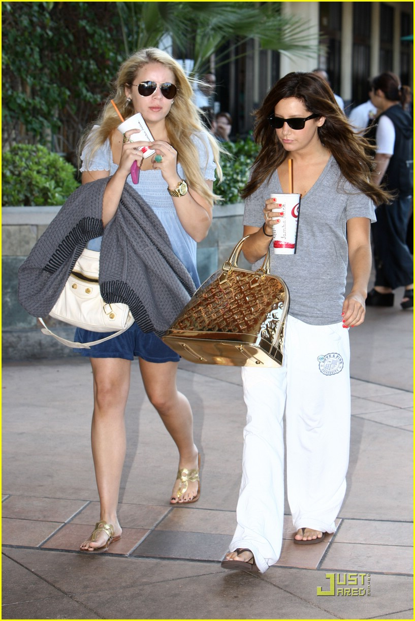ashley tisdale caroline clark tanning 09