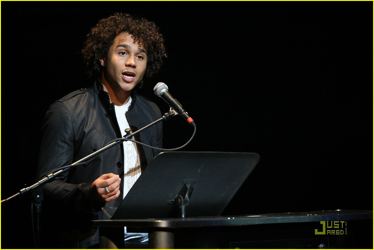 corbin bleu do something 02