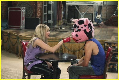 miley cyrus cody linley one 05