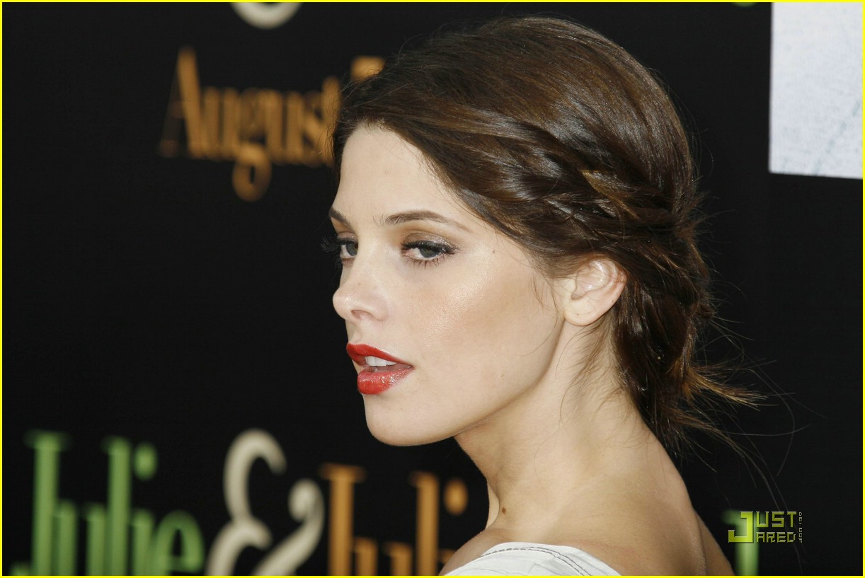 ashley greene brian reyes 09