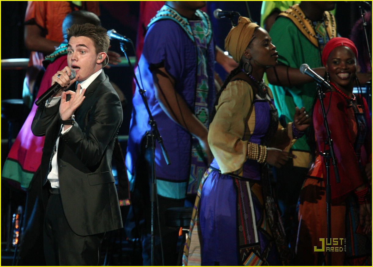 jesse mccartney mandela day 04