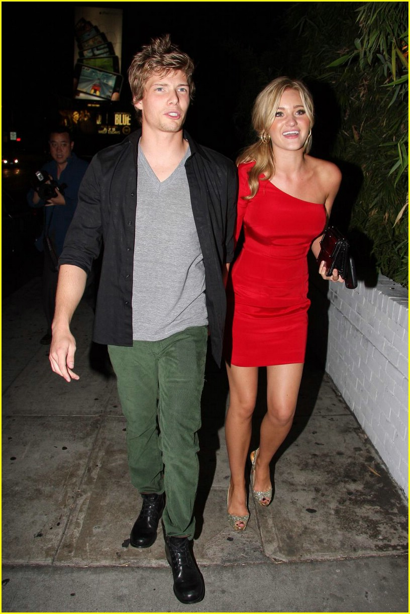 aj michalka hunter parrish dinner date 04