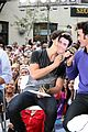 Jonas-muchmusic jonas brothers much music 06