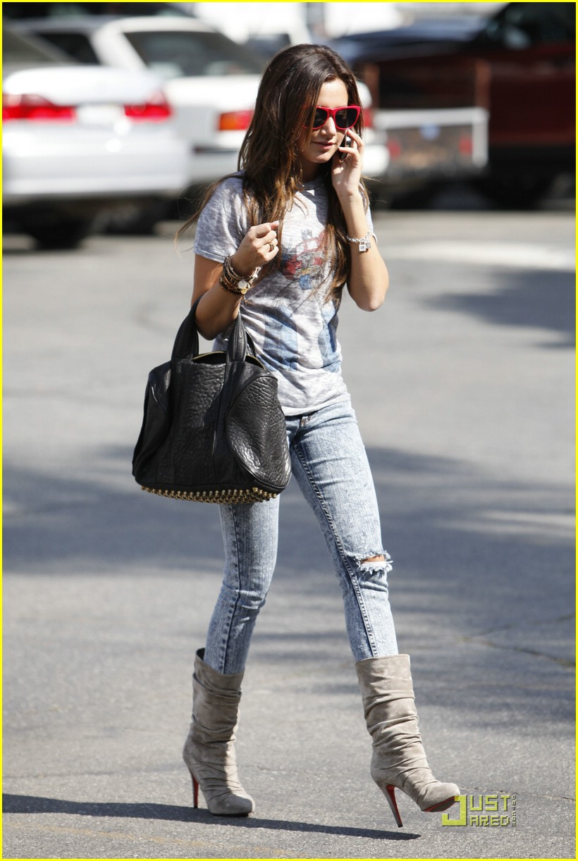 ashley tisdale twitter page 13