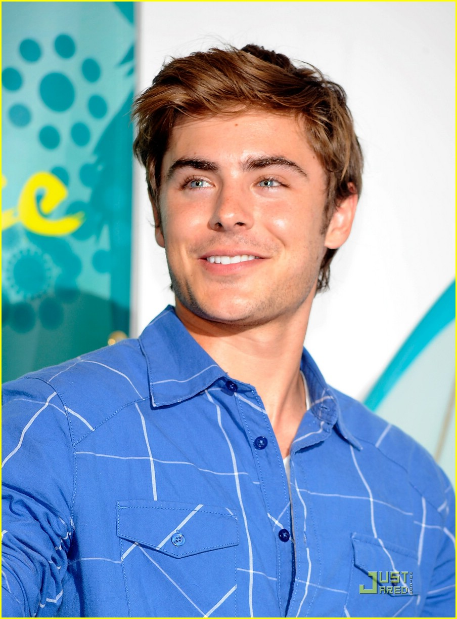 zac efron best comedy actor 03