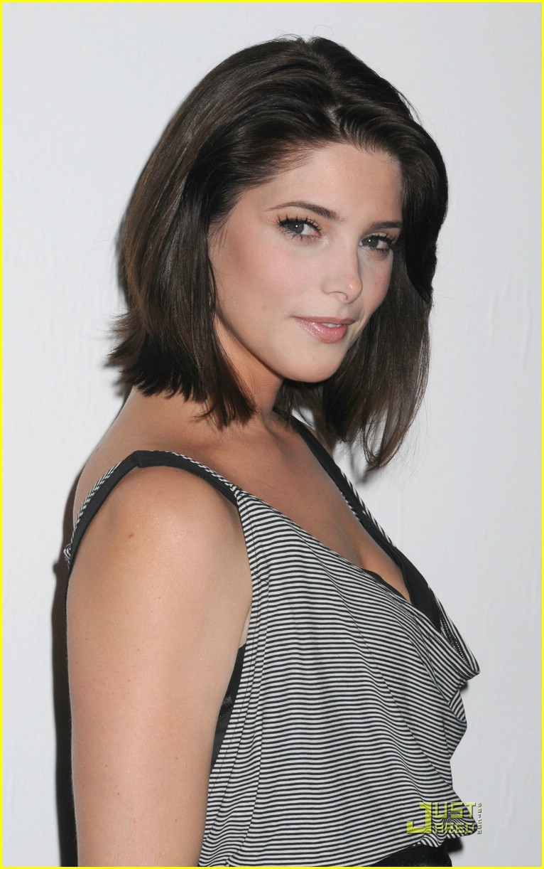 ashley greene alice olivia 04