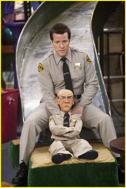 doug brochu jeff dunham sonny with chance 01