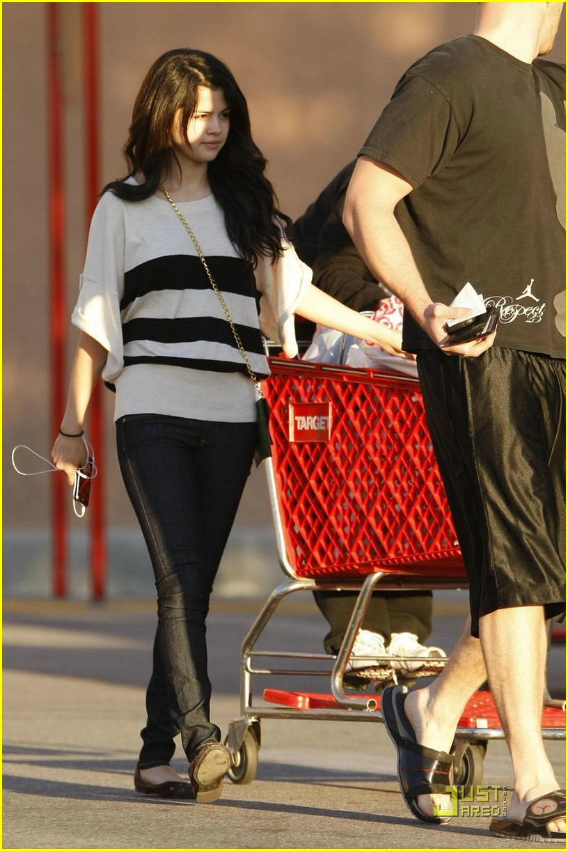 selena gomez target shopper 06