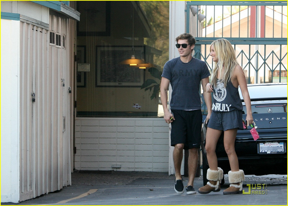 zac efron ashley tisdale patys 07