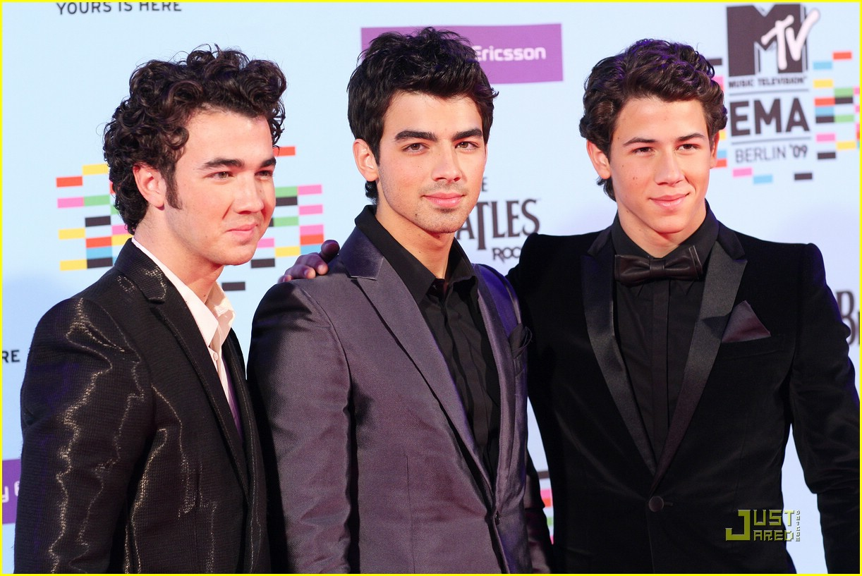 jonas brothers ema awards 10