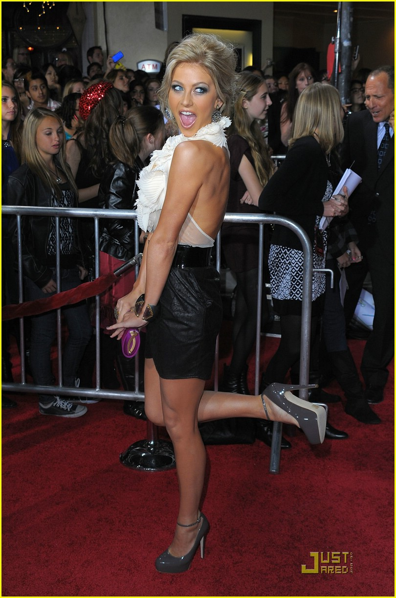 julianne hough new moon premiere 03
