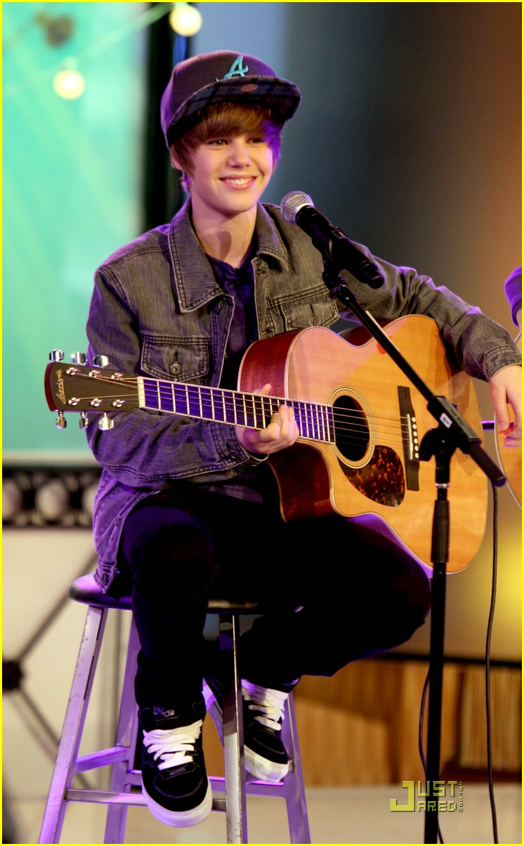 justin bieber gma sunday 01