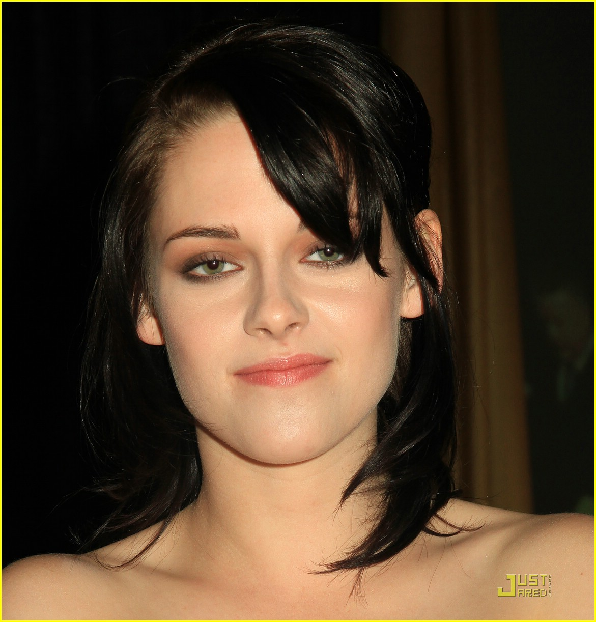 kristen stewart supports knoxville 21