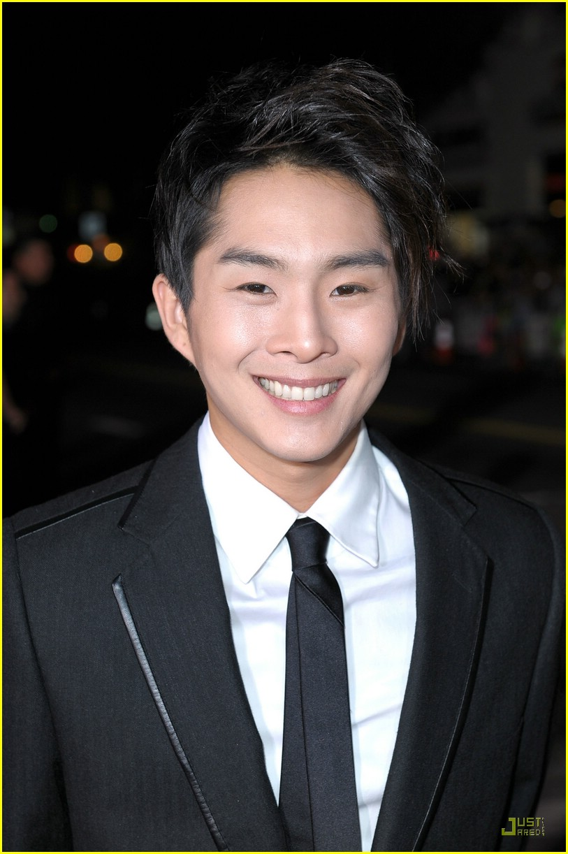 michael welch justin chon new moon 04