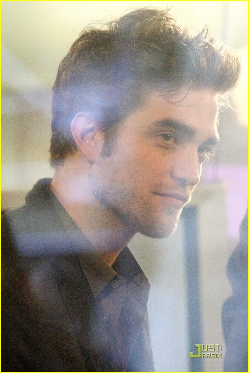 robert pattinson today show 16