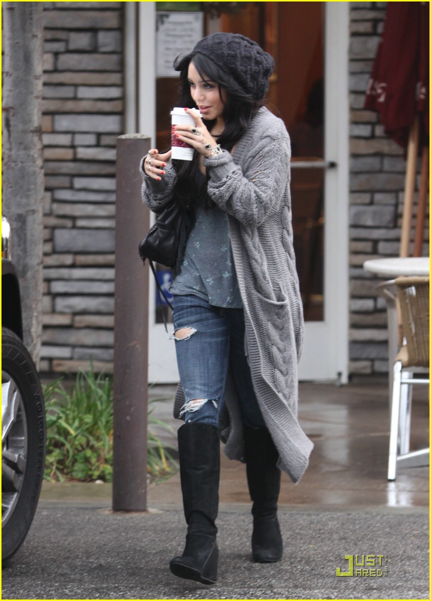 ashley tisdale vanessa hudgens coffee bean 10