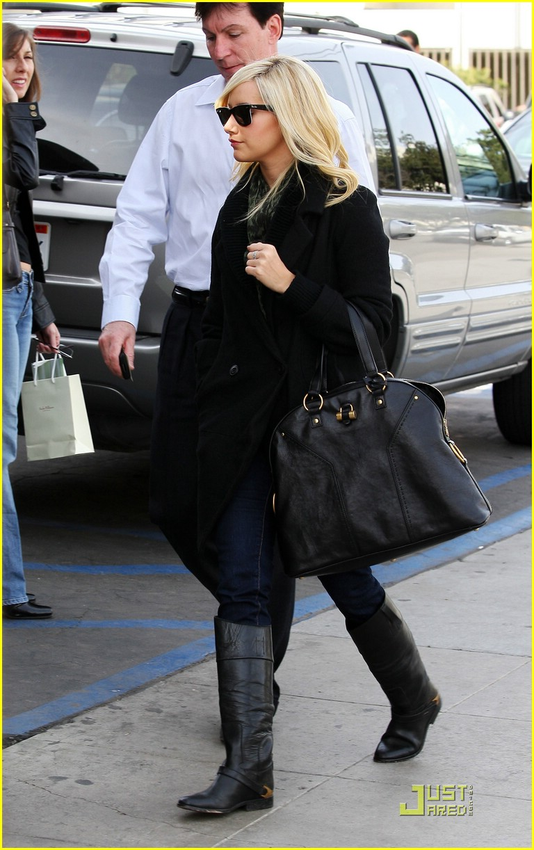 ashley tisdale mos meeting 02