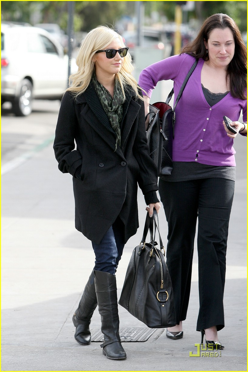 ashley tisdale mos meeting 12