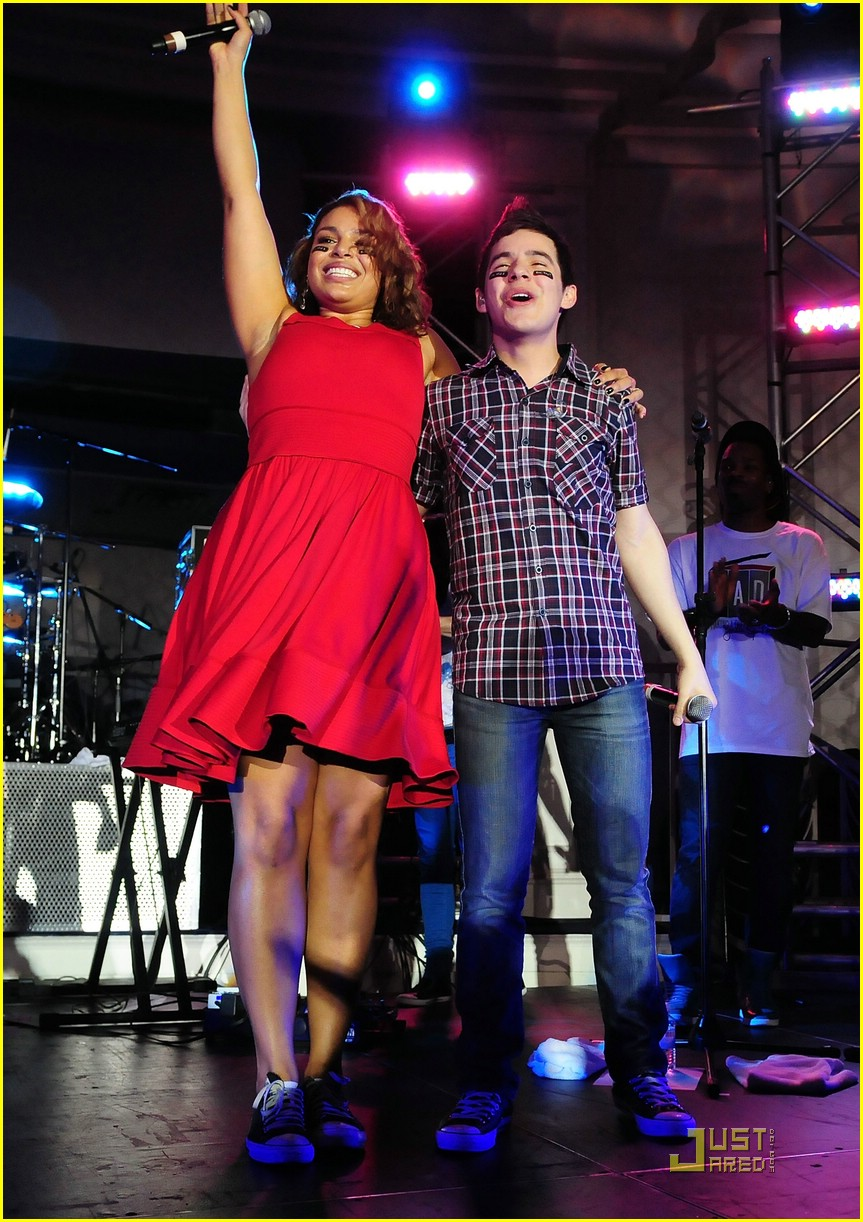 david archuleta jordin sparks thumbs up 11
