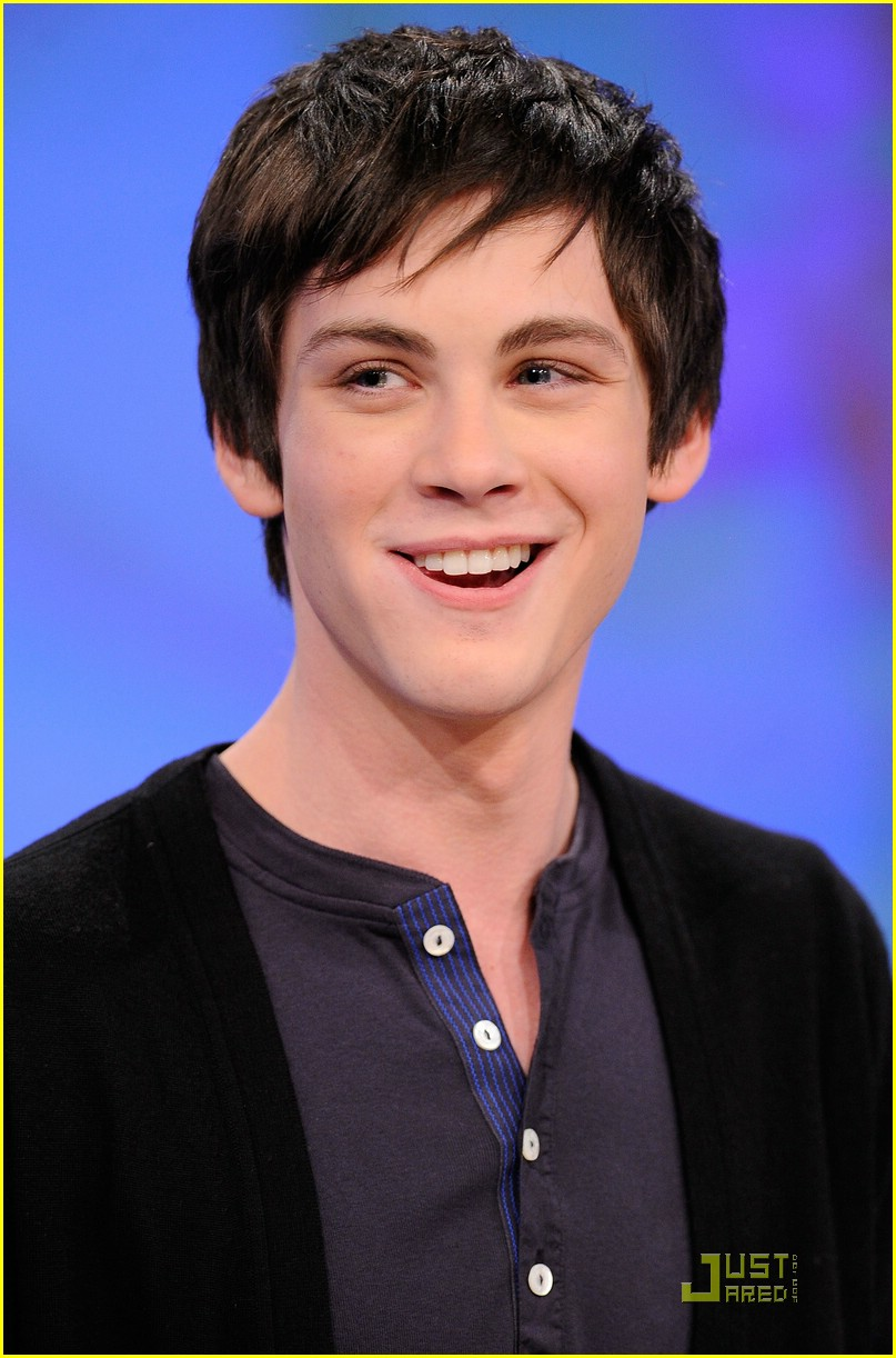 logan lerman details percy 07