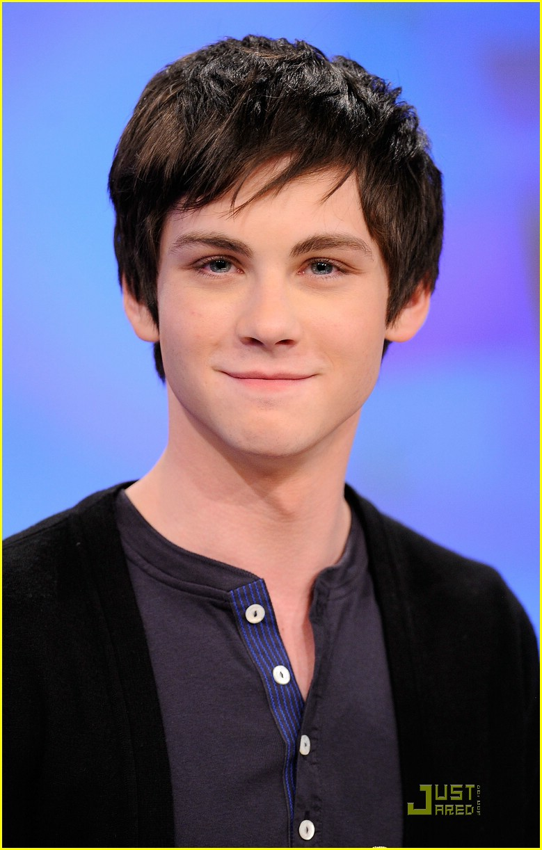 logan lerman details percy 09