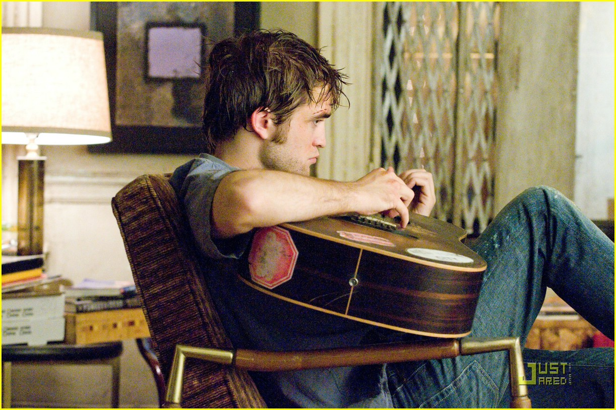robert pattinson more remember me stills 01