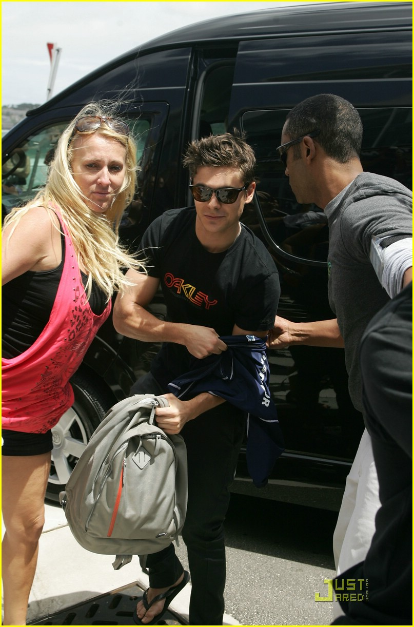 zac efron learn surf 22