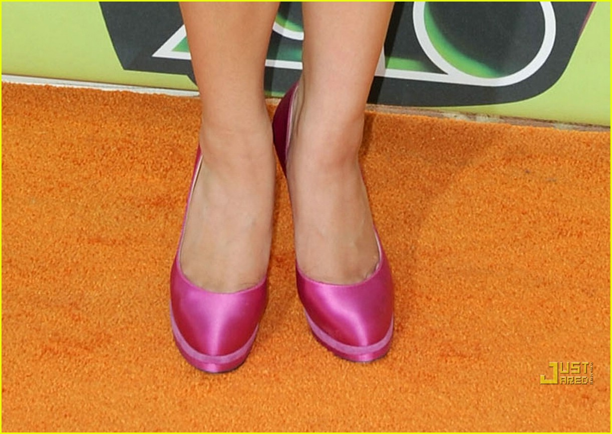 ashley argota 2010 kids choice awards 02