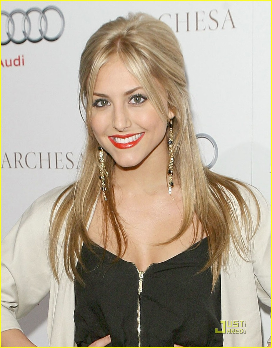cassie scerbo red hot lips 04