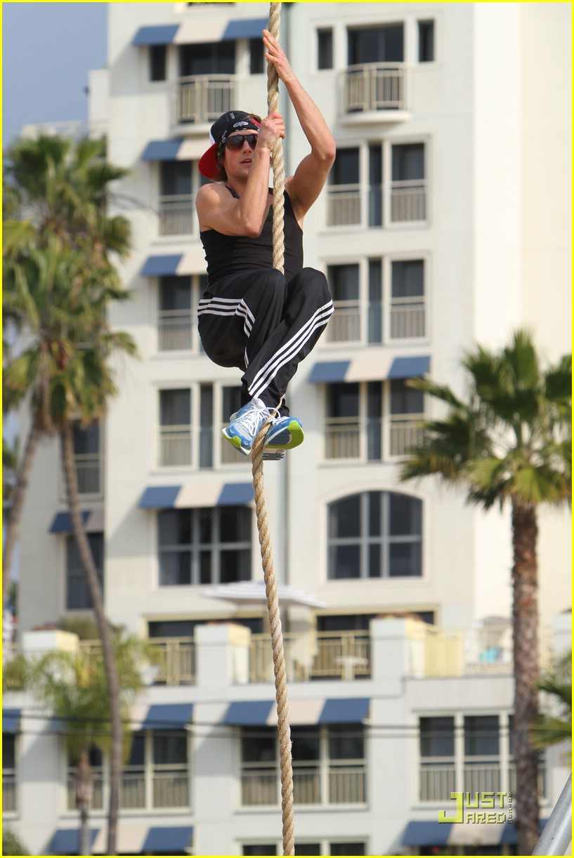 james maslow santa monica stretch 03