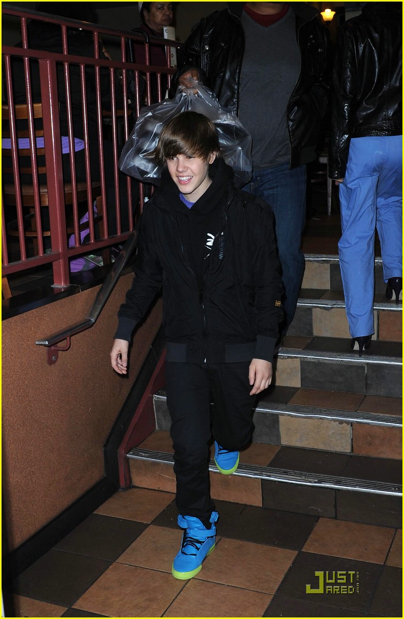 justin bieber mtv performance 06