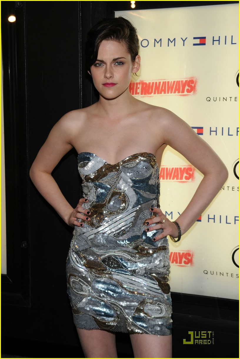 kristen stewart pucci pretty 16