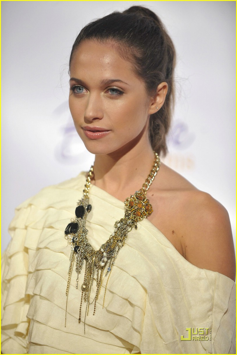maiara walsh beleives in dreams 09