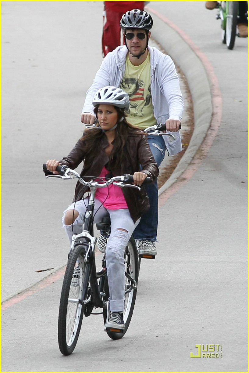 ashley tisdale scott speer biking 03