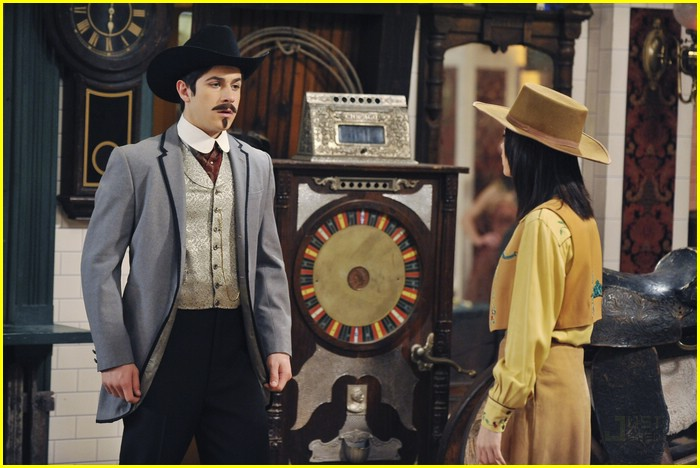 david henrie western show wizards 02