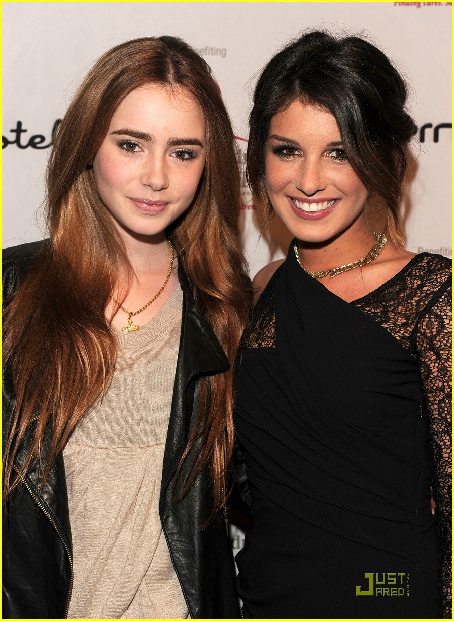 lily collins shenae grimes 01