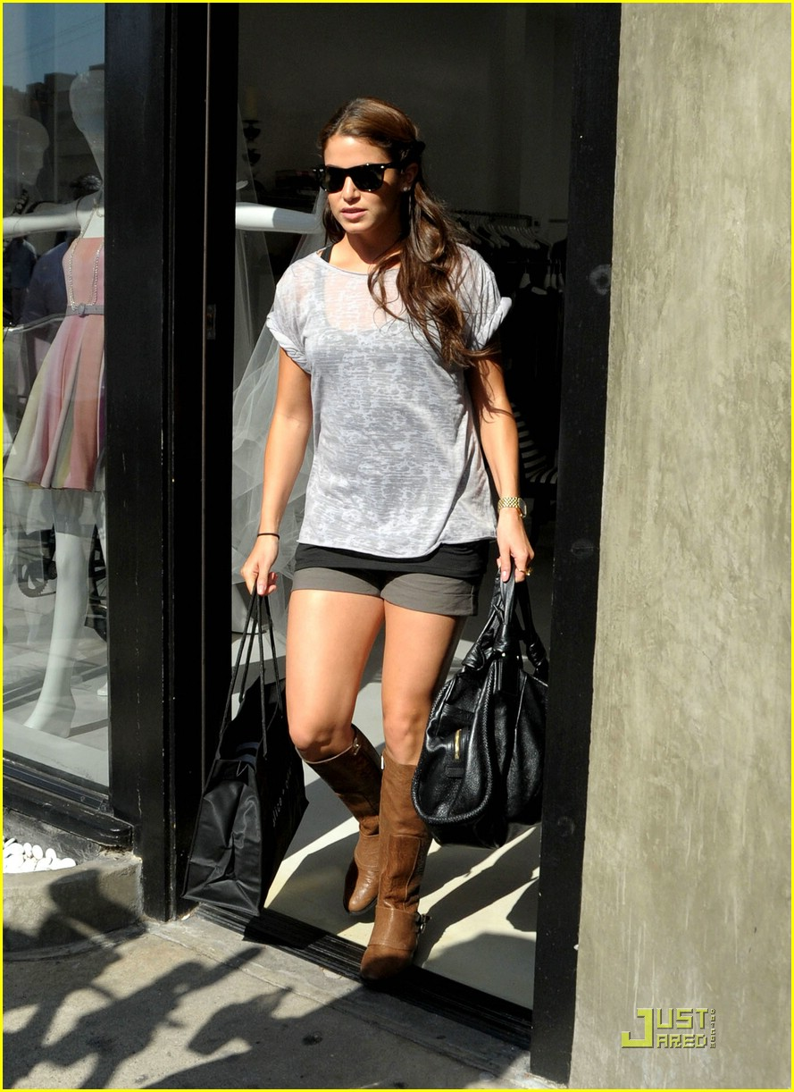 nikki reed rosalie bad 03