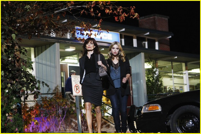 pretty little liars stills 05