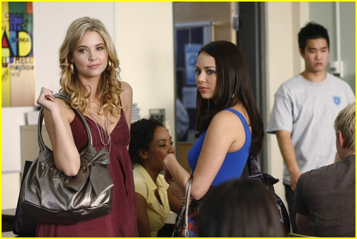 pretty little liars stills 12
