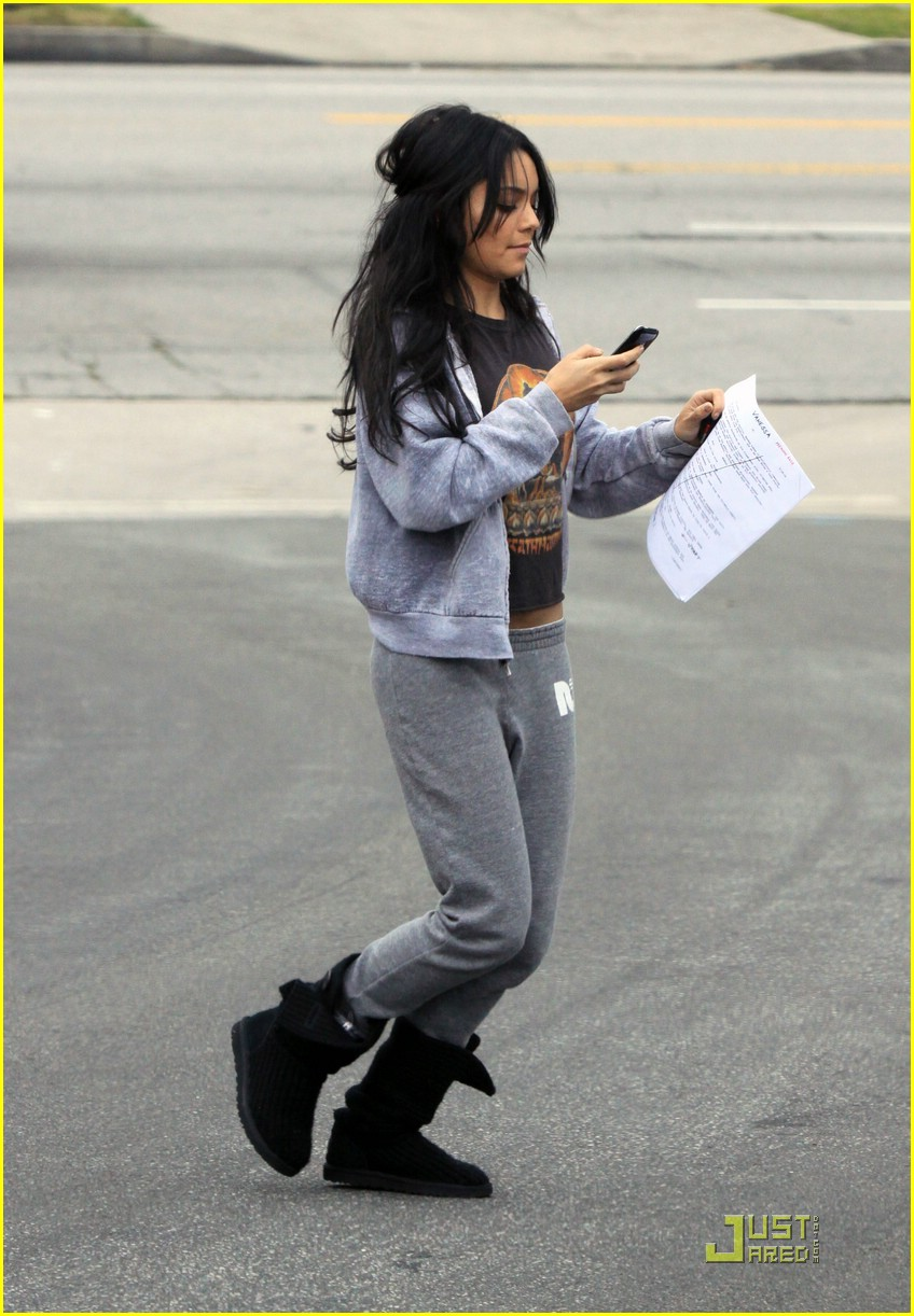 vanessa hudgens studio stepping 14