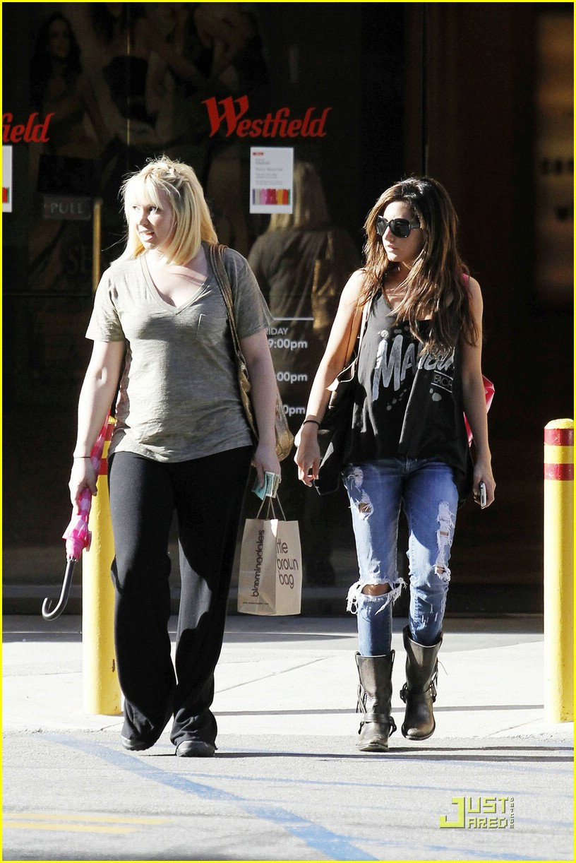 ashley jennifer tisdale westfield 04