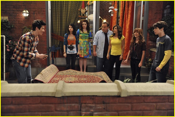 bella thorne wizards place 06