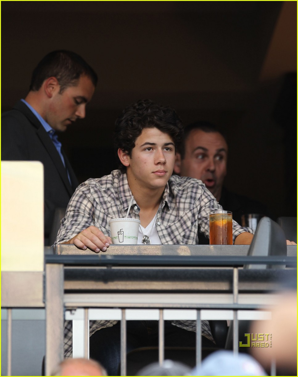 jonas brothers mets 02