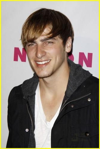 james maslow kendall schmidt game 03