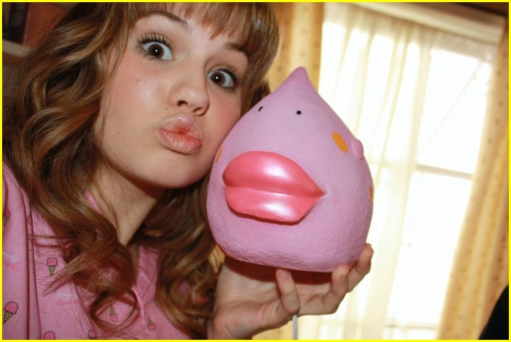 meet debby ryan borders century city 03