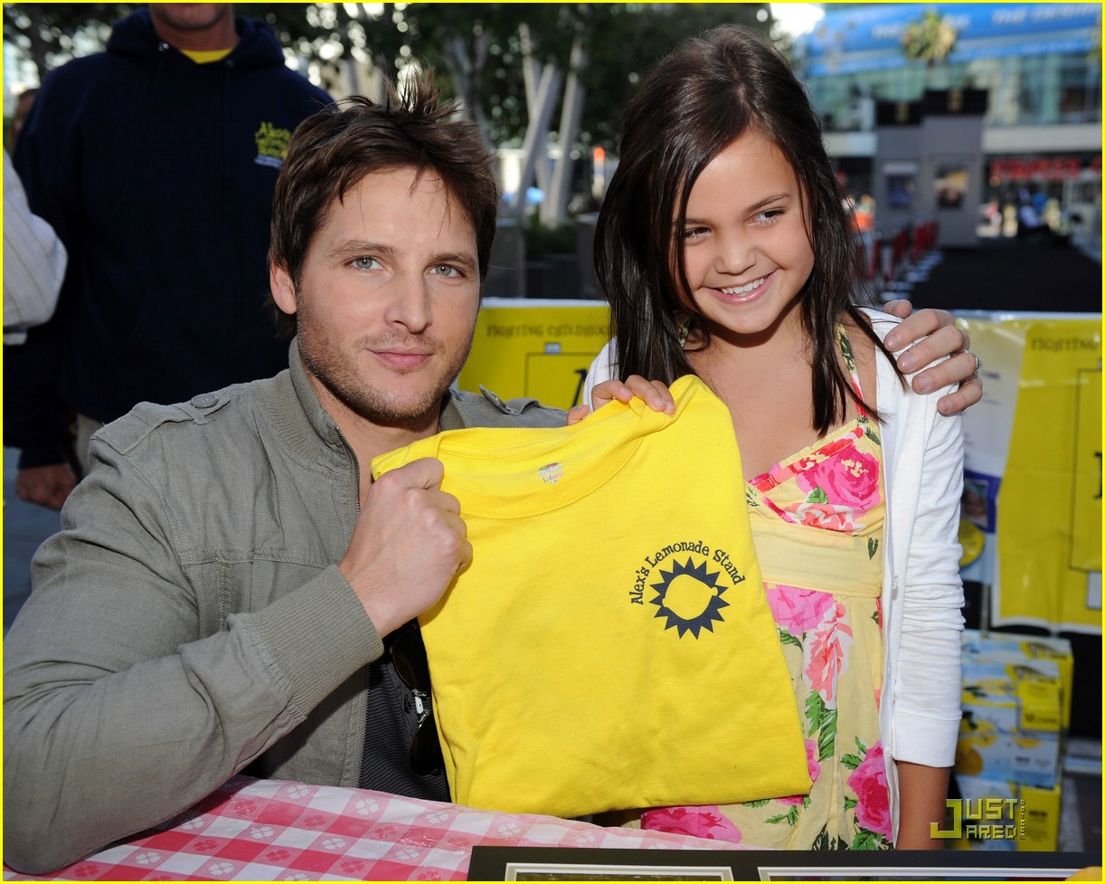 bailee madison peter facinelli lemonade 14